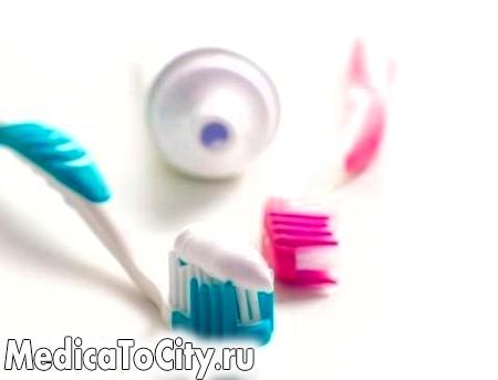 Фото - І хто б міг подумати - зубна паста від прищів!