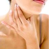 Фото - Фото - Лікування першіння в горлі у людини