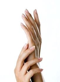 Фото - Фото рук до статті про лікування бородавок на руках
