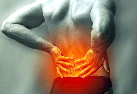 Фото - Болі в попереку - причини і симптоми