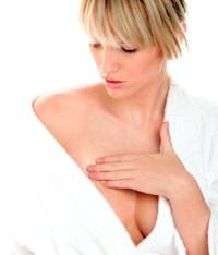 Фото - Відчуття хворобливих відчуттів в грудях