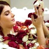 Фото - Фото - Прийняття ванни з ефірнімі маслами