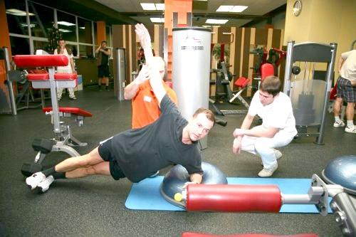 Фото - фізичні вправи для лікування екструзії хребта