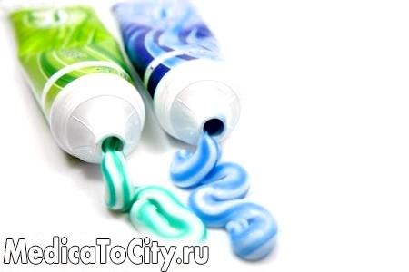Фото - Дивіться на речі ширше! Виявляється, зубну пасту можна застосувати не тільки традиційним чином!