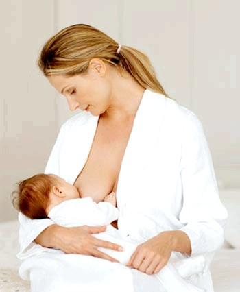 Фото - Годування дитини грудьми