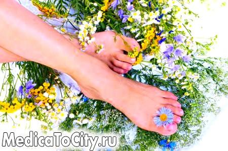 Фото - Іноді жировик на нозі можна ефективно лікувати народними способами. А чому б і Вам не спробувати?