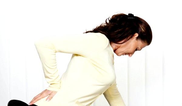 Фото - При вагітності часто у майбутньої мами травмується спина через перестроювання всього організму і виношування малюка